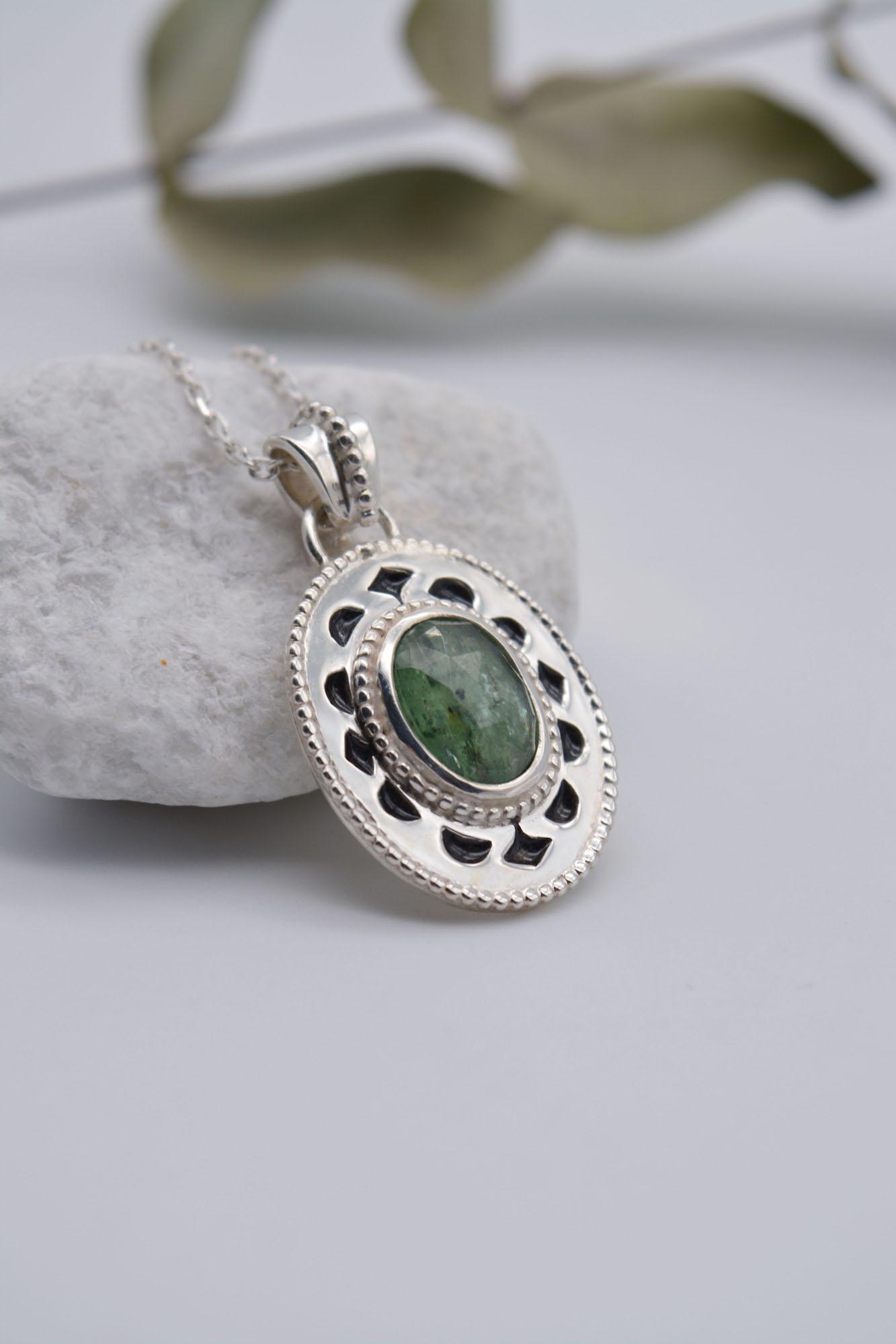 Alysse bijoux pendentif vert